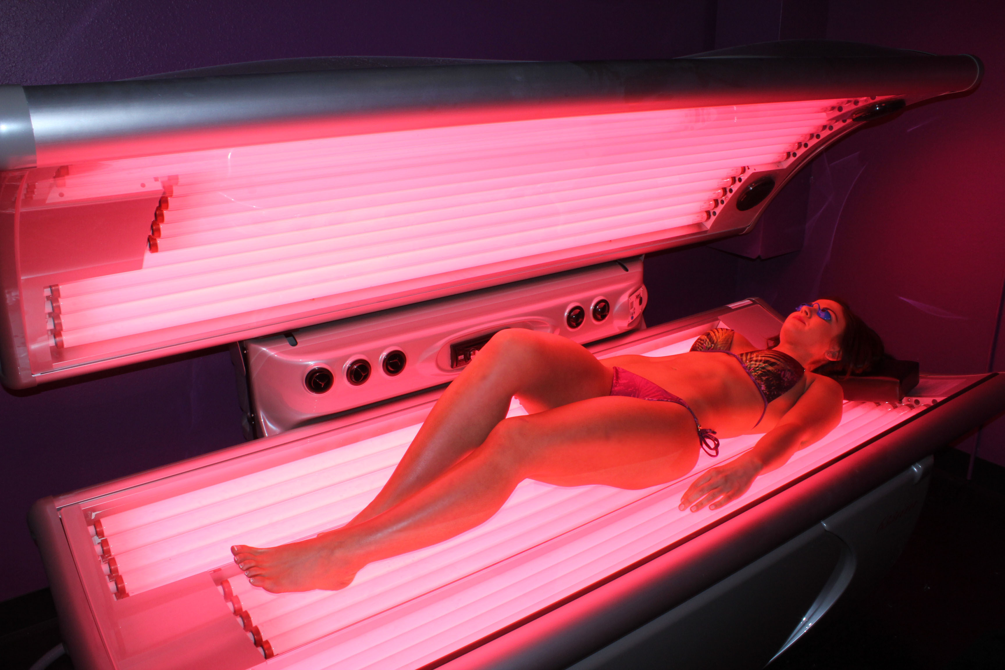 beds screen for shot bed sale pm tans xclusive tanning at